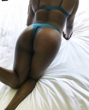 Najoua escorts in Johnstown Colorado
