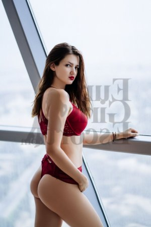 Immaculada escort girl